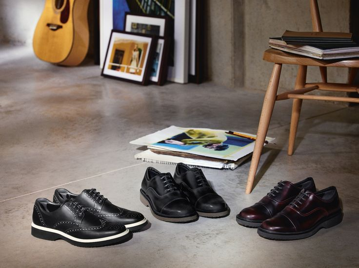 Introducing the #HOGAN Route Collection: the perfect match between the classic-british elegance and the contemporary urban style. #CasualBusiness