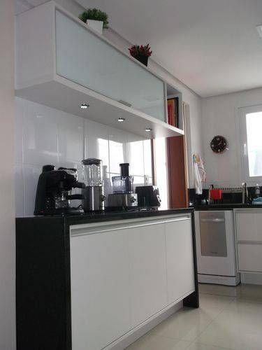 balcão de cozinha em granito preto