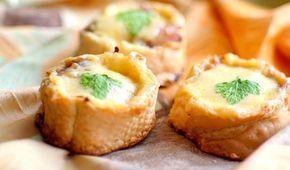 Мини-закуска из багета – настоящее спасение! Пирожки готовятся быстро, а получаются отменными на вкус!