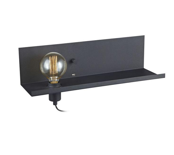 Multi vägglampa i metall från Markslöjd. Inbyggd dimmer/strömbrytare och USB-uttag för laddning av smartphones. 2m kabel. Stor (E27) lamphållare för max 60W glödljus eller motsvarande styrka i halogen, lågenergi eller LED. Ljuskälla ingår ej.  #svart #black #markslöjd #multi #sänglampa #interior #interiör #inspiration