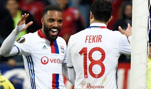 Journalist: Arsenal Liverpool or Tottenham could sign star striker this summer   via Arsenal FC - Latest news gossip and videos http://ift.tt/2lpIwg7  Arsenal FC - Latest news gossip and videos IFTTT