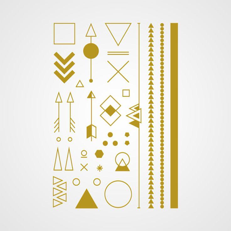 Bijoux éphémères géométriques angle d'or Voir la planche de bijoux éphémères : https://bernardforever.fr/bijou-ephemere/1/angle-d-or La classe au carrée revient dans sa version dorée visa master gold ! Indispensable pour avoir toujours plus la classe, dans des milieux encore plus  classes, avec des gens toujours plus classes, et ça de New York à Chabeuil.  Ou pas.