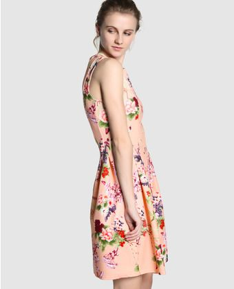 Vestido de mujer Easy Wear en color melocotón con estampado floral