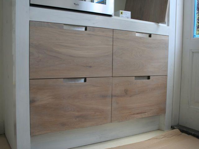Whitewash keuken koak design ikea kasten met eiken houten fronten en ingefreesde handgrepen01 - Meubilair storage zwart ...