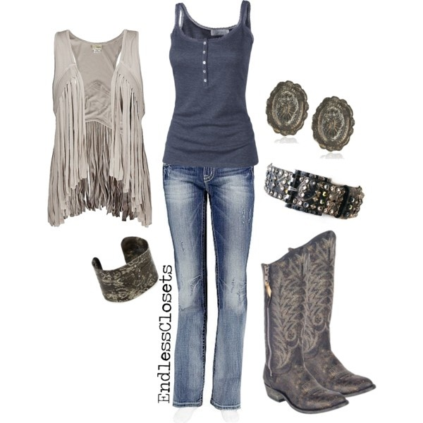 I love this outfit! Cowgirl boots rock!