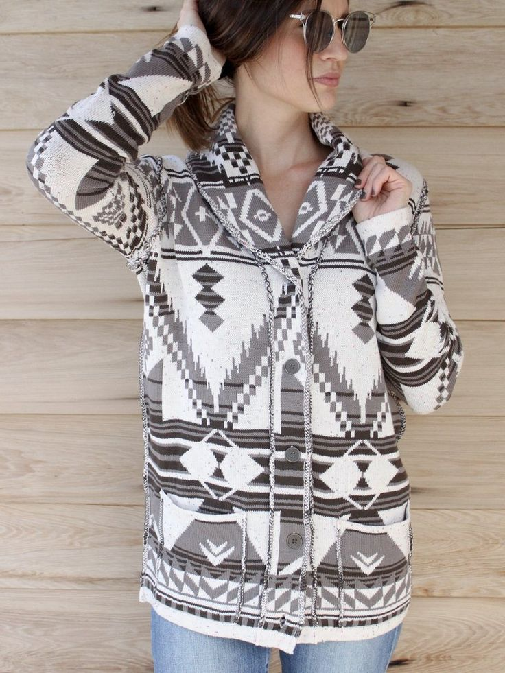 Aztec Print Sweater Cardi | cozy and casual | western style | Fall outfits | Winter style | therollinj.com