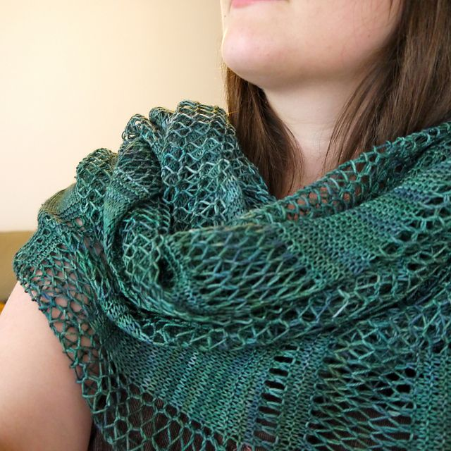 Knitted Scarf Patterns Using Sock Yarn : 136 best images about To Knit. To Dream. on Pinterest