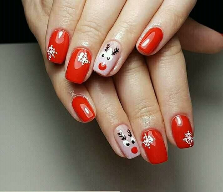 Pin By Ruxandra Pavel On Unghii Craciun Christmas Nails Manicure Simple Nails