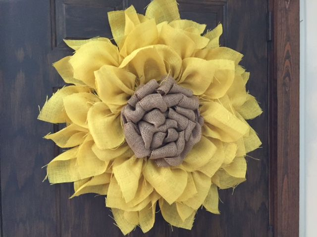Denise's version of the sunflower wreath.  I think it turned out beautiful, don't you?