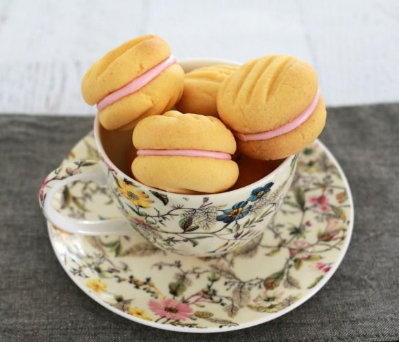 Yo-Yo biscuits will melt in your mouth. They are the most deliciously, crumbly and soft biscuits ever. They're just the thing you need for a perfect afternoon tea!