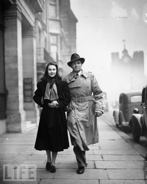 Vivien Leigh and Sir Laurence Olivier in London, 1941