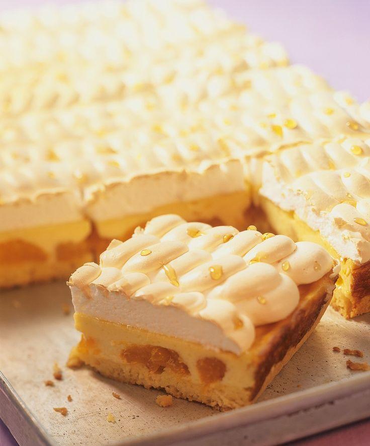 Käsekuchen mit Mandarinen und Baiser - smarter - Zeit: 2 Std. 15 Min. | eatsmarter.de