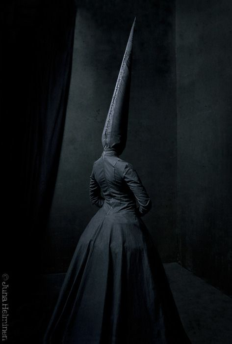 Les étranges photographies de Juha Arvid Helminen