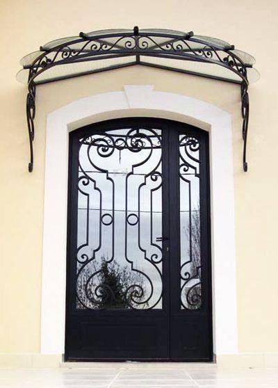 Portes d 39 entr e en fer forg portes d 39 entr e ferronnerie paris porte pinterest extensions for Porte entree fer forge villa