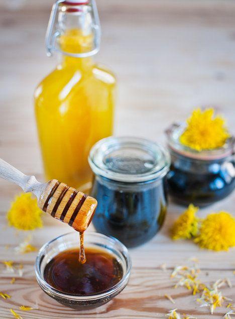 Pampeliškový med má krásnou vůni i barvu a použít ho můžete všude tam, kam dáváte  med pravý; Greta Blumajerová