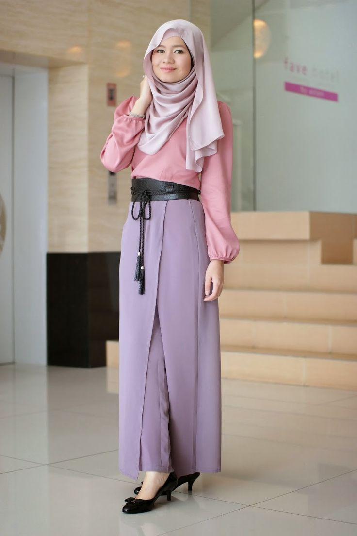 R Nadia Sabrina: Tenun & Skants in Jakarta