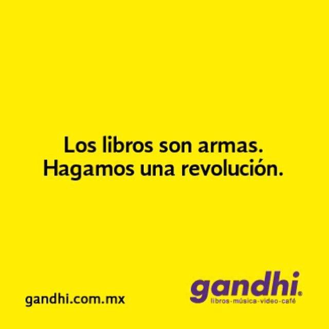 """@librerias_gandhi's photo: """"#libreriasgandhi #gandhi #simexicoleyera #instagramers #iggers #libros #revolución #iphonesia"""""""