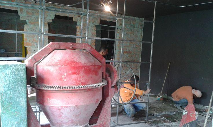 @BARrioCentralCB ......Bar Local en construcción.... #BARrioCentral #Cafe #Bar #Pub #LocalBar #BarLocal #SanJoaquin #Laureles #La70 #Medellin #Colombia