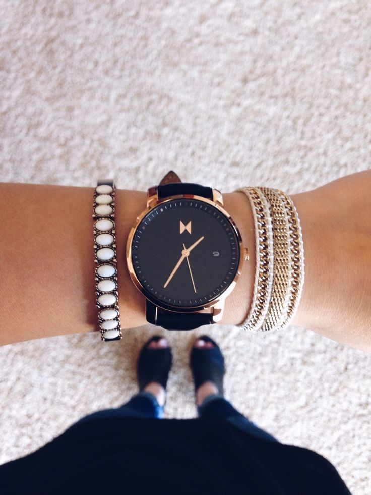 MVMT Women's Rosegold Watch Instagram: @itsmarisa_kay