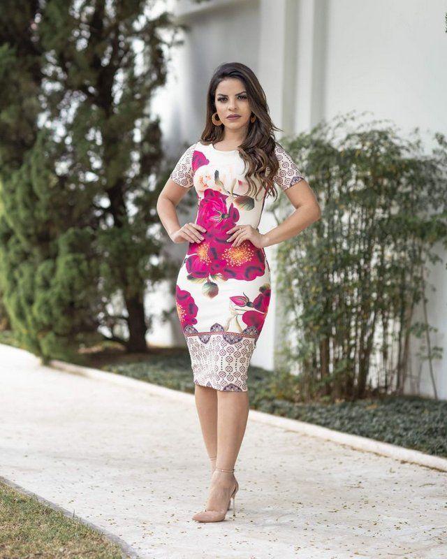 32e17fc4c Vestido Tubinho Joana super elegantes com detalhefloral, confecção de  extrema qualidade. Compre vestidos lindos