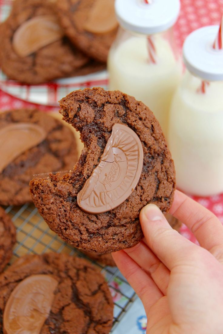 Delicious Moist & Crunchy Cookies full to the brim with chunks of Terry's Chocolate Orange – heavenly. I have ALWAYS adored Chocolate + Orange flavouring together – especially Terry's Chocolate Orange – it sounds like an odd combination at first if you haven't tried it, but once you have, you will never forget it! Literally my favourite chocolate! When I was little, I would eat at least 3 a week (I realise this is bad, but I ate plenty of healthy stuff too!!). I have always baked big cakes…