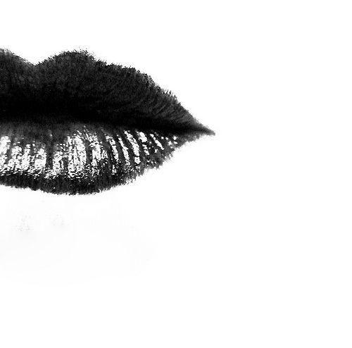 dunkle Küsse