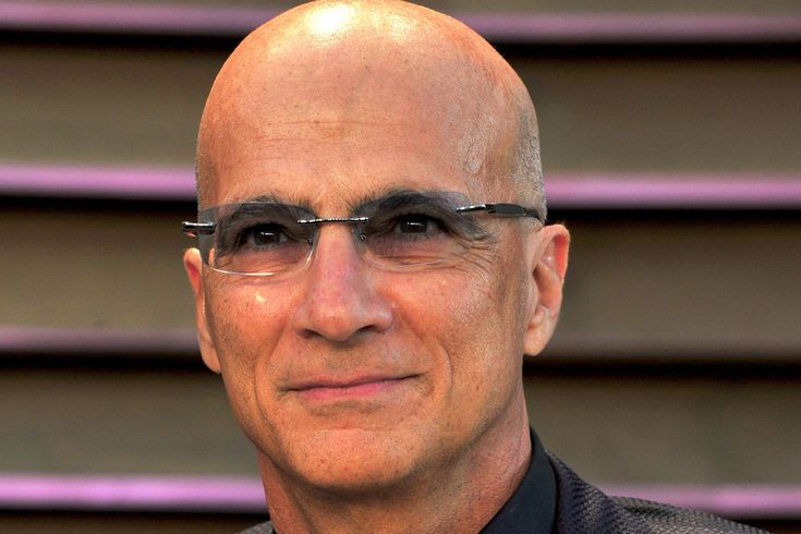 Apple's Jimmy Iovine Will Leave the Company in August