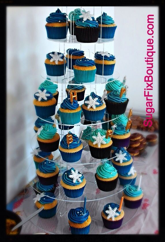 Disney Frozen Cupcake tower birthday party blue peppermint buttercream vanilla cakes Elsa Anna Olaf from Sugar Fix Boutique UK www.sugarfixboutique.com