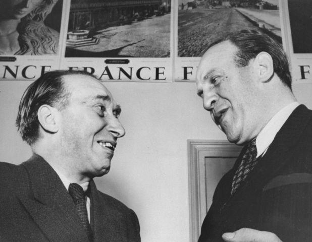 Itzhak Stern had not seen Oskar Schindler for four years when he met him again in Herbert Steinhouse's Paris office. Both men were still trying to get out of Europe.