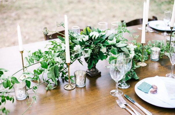 COUNTRY WEDDING INSPIRATION // #style #tablescape #flowers #candles #inspiration #wedding
