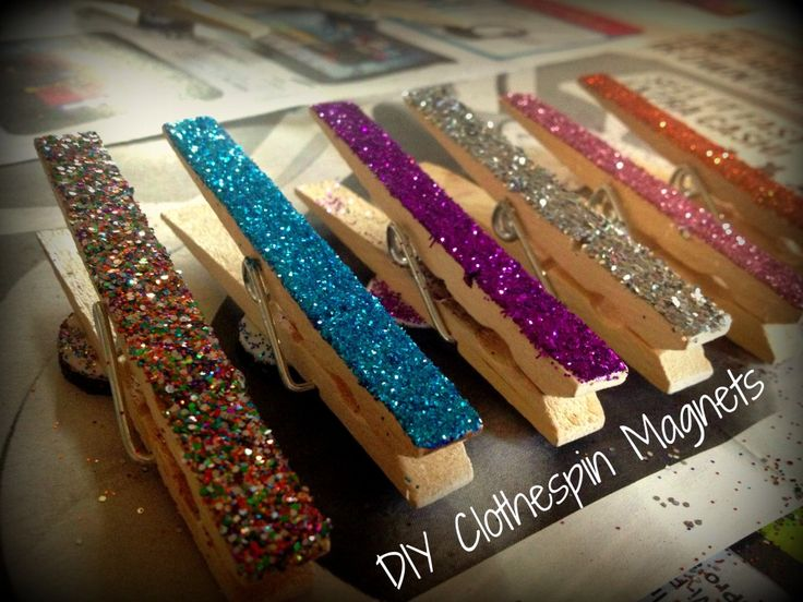 #DIY Glittery Clothespin Magnets! Perfect #Craft to do with Toddlers and Teens alike!