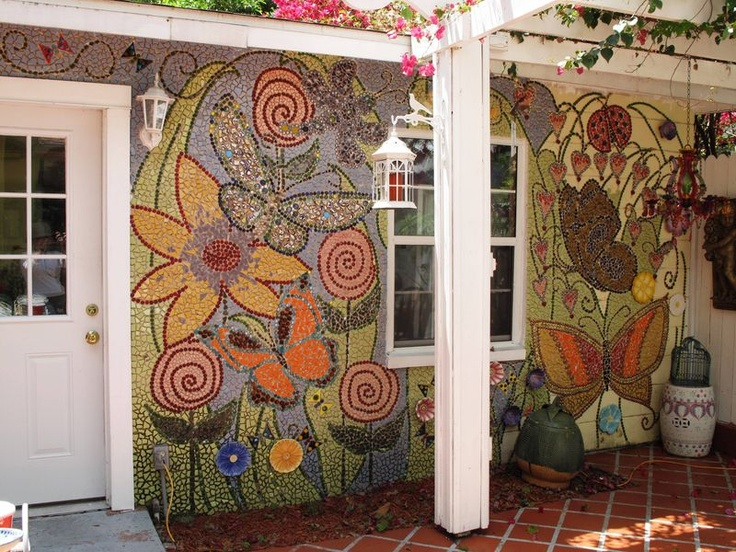 I wonder if I could do this to my ugly green Rubbermaid shed??????