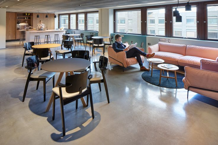Warner Music - Kamppi — Design Office KOKO3