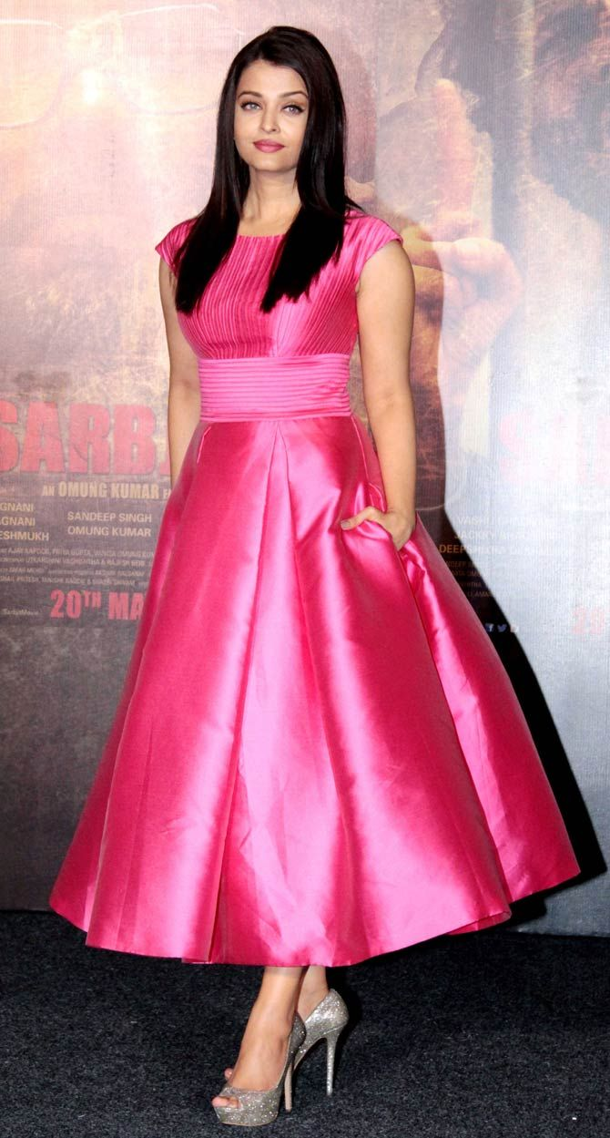 Aishwarya Rai Bachchan at 'Sarbjit' trailer launch. #Bollywood #Fashion #Style #Beauty #Hot