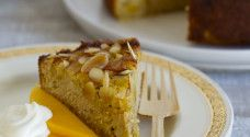 Healthy Date and Cashew Caramel Chocolate Slice - Nadia Lim