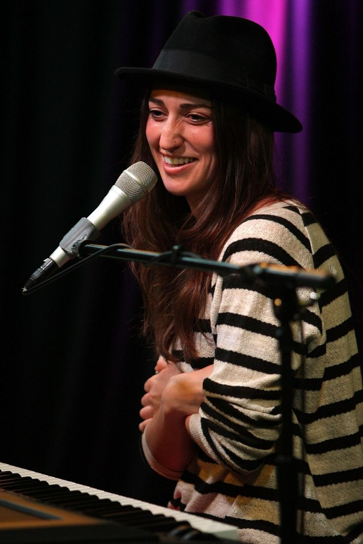 Sara Bareilles | GRAMMY.com: Celebs, Sara Bareilles, Photo, Friday Night