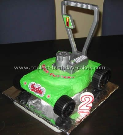 Lawn Mower birthday cake... the child is obsessed!