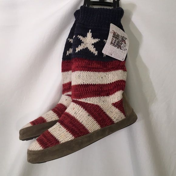 American Flag MUK LUKS knit slipper boot boho Please note, there is a small  faint