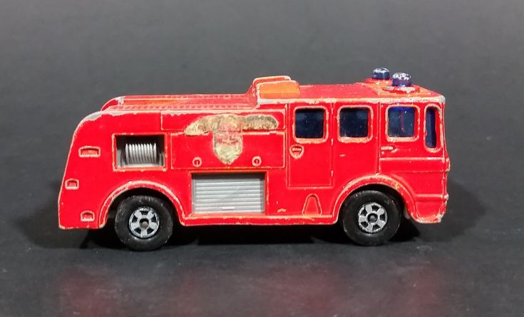 1969 Lesney Matchbox No. 35 Superfast Merryweather Fire Engine Diecast Toy Car - No Ladder https://treasurevalleyantiques.com/products/1969-lesney-matchbox-no-35-superfast-merryweather-fire-engine-diecast-toy-car-no-ladder #Vintage #1960s #60s #Sixties #Lesney #Products #Matchbox #Merryweather #FireEngines #Fires #Firefighters #Firefighting #Diecast #Toys #Collectibles #Heroes