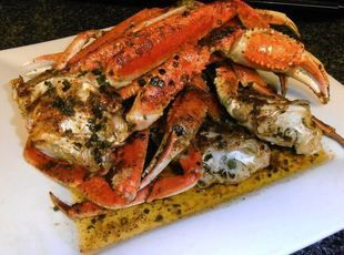 Shell Lickin' Spicy Garlic Crabs