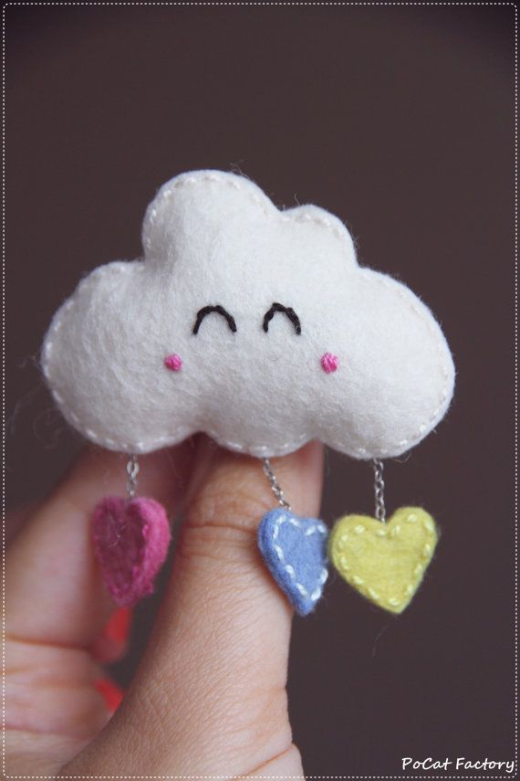 Cute happy felt cloud brooch width colorful hearts