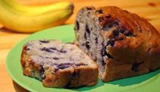 #Pain aux bananes et aux #bleuets faible en gras #recettesduqc #banane