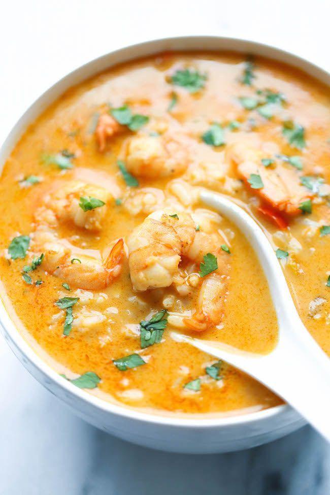 Soupe thaïe aux crevettes et lait de coco - Recettes - Recettes simples et géniales! - Ma Fourchette - Délicieuses recettes de cuisine, astuces culinaires et plus encore!