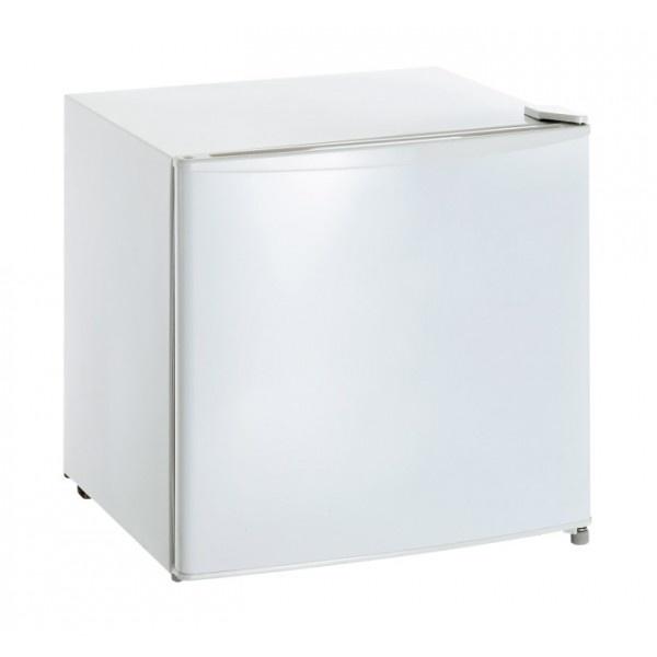 MINI FREEZER PER ALCOLICI BARTSCHER CAPACITA' 8 BOTTIGLIE  ART. 700075h    Mini freezer per alcolici.  Capacità: 30 litri - 8 bottiglie in verticale o 3 bottiglie orizzontali  Range temperatura: -15 / -25 °C  Gas Refrigerante: R600A  Alimentazione: 220V 50Hz  Potenza: 0.06 kW  Dimensioni: 470X445X492h mm.  Peso: 16.9 Kg    TEMPI DI CONSEGNA: 10 GIORNI LAVORATIVI