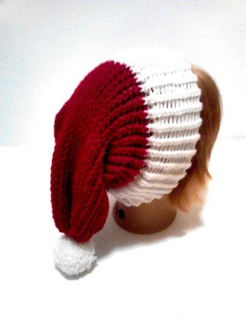 Knitting loom santa hat