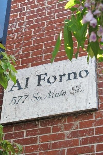 Al Forno in Providence, RIFood And Wine, Provider Ri, Favorite Restaurants, Restaurants Food, Pizza Places, Alforno Restaurants, Grilled Pizza, Food Recipe, 577