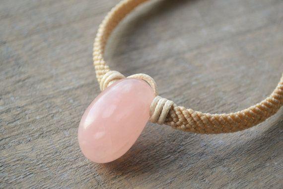 Rose quartz Macrame Pendant / Pink Stone Necklace by Macramedamare