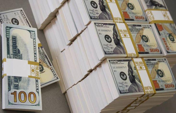 Jeden Tag, in jeder Hinsicht und in jeder Menge, fließt Geld in Lawinen der Fülle zu mir