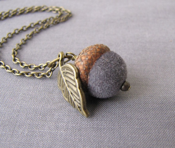 54 best images about acorn crafts on pinterest christmas for Acorn necklace craft