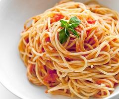 pasta is my favorite!: Tomatoes Sauces, Buckets Lists, Marinara Sauces, Spaghetti, Recipes, Chicken Pasta, Cooking, Pasta Sauces, Carbonara